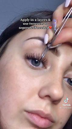 Model Makeup Tutorial, Mascara Tutorial, Eyelashes Tutorial, Face Makeup Tips, Skin Makeup, Mascara Tips, How To Apply Mascara, Natural Makeup Tutorials, Maquillage On Fleek
