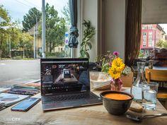 Zürich: 29 top Cafés zum Arbeiten & Lernen | Café Tipps Ffa, Cafe Restaurant, Switzerland, Travel, Restaurants, Lifestyle, Board, Bonheur, Beautiful Places