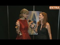 CMAs 2013: Backstage with Taylor Swift