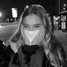 Siyah Beyaz İcon +18 karışık¹⁷ Aesthetic girl, Bad