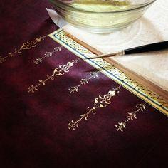 DILARA YARCI (love the colour, could it be something for filt leather? Islamic Art Pattern, Pattern Art, Illumination Art, Arabesque Pattern, Islamic Art Calligraphy, Calligraphy Alphabet, Celtic Art, Celtic Dragon, Embroidery Monogram