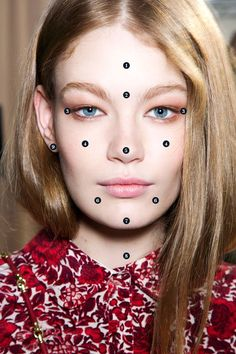 Face Mapping Will Help You Understand All Your Breakouts
