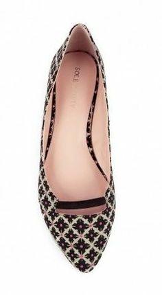 Cuuuuute pumps! http://thestir.cafemom.com/beauty_style/168889/3_cute_flirty_shoes_that?utm_medium=sm&utm_source=pinterest&utm_content=thestir&newsletter