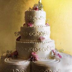 Wedding Cake - La Fenice Pasticceria #likeforshoutout#boanoite#boatarde#odiverta#sigodeolta#лайки#fвзаимныеподписки#взаимнаяподпискаf#лайк#пподписканаменя#подписки#взаимные#взаимныелайки#ch#danielfilipovici#ai#tumblr#cake#floral#lafeniceisernia#isernia#likesreturned#likeforfollow#like4follow#likeforlike#likes4tags#chocolate