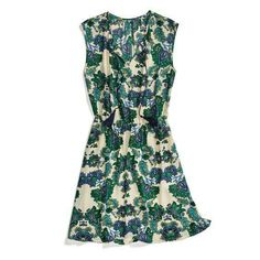Stitch Fix Green is in for 2017! Are you ready?? This is a cute dress to embrace the green!