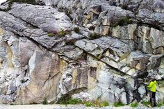 Fault zone in Southern Norway shows 200 million years of reactivation history.   200 million years of geological evolution of a fault in E...