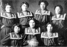 The Fort Shaw Indian Boarding School girls' basketball team… First ever Basket Ball World Champions! Native American Pictures, Native American Women, Native American History, Native American Indians, Native Americans, American Spirit, American Pride, Indian Boarding Schools, Indian Clubs