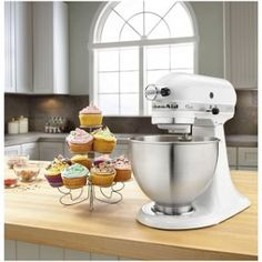 All important differences between the KitchenAid Classic Stand Mixer vs. KitchenAid Classic Plus Stand Mixer - you will be surprised with our conclusion! Kitchenaid Artisan, Kitchenaid Classic Mixer, Kitchenaid Stand Mixer, Artisan Mixer, Small Kitchen Appliances, Kitchen Aid Mixer, Cool Kitchens, White Appliances, Cooking Appliances