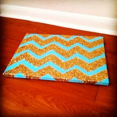Chevron glitter canvas--do these in different colors and panel in your room! Perfect for my new room! Do It Yourself Quotes, Do It Yourself Inspiration, Do It Yourself Home, Glitter Chevron, Glitter Canvas, Gold Glitter, Chevron Art, Glitter Room, Sweet Home