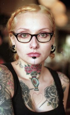 Another beautiful girl with body mods