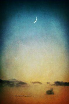 The Cheshire Moon Fine Art Photography Print by #EloraDPhotography #fpoe #photography