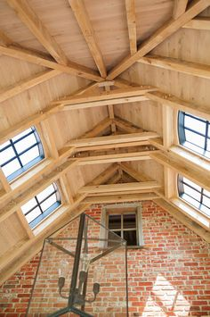 Classic Sint Niklaas - Hoog ■ Exclusieve woon- en tuin inspiratie. Gorgeous project from Livinlodge in the Netherlands #timberframe -