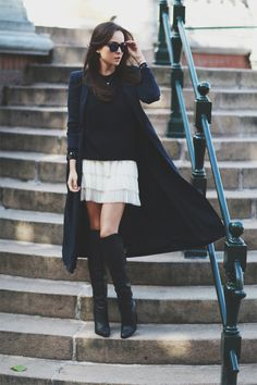 Discover more of Style Scrapbook~ short skirt, long jacket Fashion Blogger Style, Fashion Trends, Fashion Bloggers, Bota Over, Style Scrapbook, Estilo Blogger, Looks Street Style, Facon, Swagg