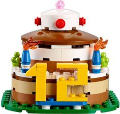 There are now official images of the LEGO Exclusive Birthday Cake (40153) set courtesy of Brickset.