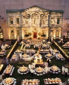 """Met Gala 2006. """"Anglomania"""" #daffodils #hyacinths #englishgarden #futurewedding"""