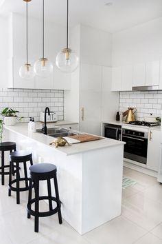 13 Minimalist Kitchen Ideas For A Modern House. Elegant White Minimalist Kitchen Design Ideas For More Comfortable. Kitchen Design Small, Kitchen Cabinet Design, Kitchen Remodel, Kitchen Decor, Modern Kitchen, Kitchen Remodel Small, Minimalist Kitchen, Kitchen Renovation, White Kitchen Design