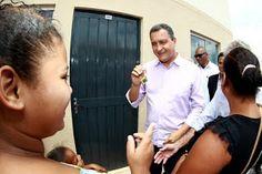 Pregopontocom Tudo: Mais 460 famílias recebem casa própria em Teixeira de Freitas (BA)..