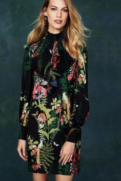 Черное платье с оборкой и рисунком - Покупайте прямо сейчас на сайте Next: Украина