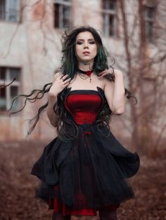 Model: Elizabeth Photography: Anna Pożarycka Fotografia Welcome to Gothic and Amazing   www.gothicandamazing.com