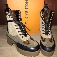 Brand new Louis Vuitton boots authentic with receipt will provide more pictures if needed ! 00s Mode, Louis Vuitton Boots, Leather High Heels, Womens High Heels, Front Row, Brand New, Shoe Bag, Sandals, Sneakers