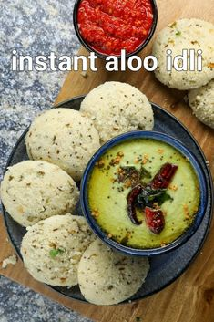 aloo idli recipe | aalu ki idli | aloo suji ki idli | aloo rava idli with step by step photo and video recipe. dosa and idli recipes are a common breakfast meal for many south indians. but the same rice and urad or even rava based idli or dosa and can be monotonous and you may crave for some unique and different flavoured idli recipe. to solve this problem, i am offering this unique and tasty idli recipe made with rava and an additional ingredient of mashed aloo added to the batter. Spicy Chutney Recipe, Chaat Recipe, Chutney Recipes, Rava Idli Recipe, Jamun Recipe, Spicy Recipes, Curry Recipes, Cooking Recipes, Snacks Recipes