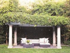 Wohnbereich im Garten gestalten - herrliche Sitzecken im Freien