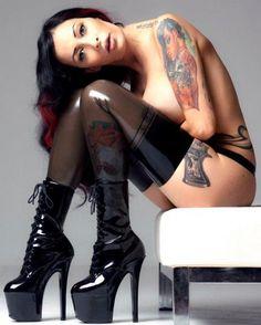 Bibiana Atada. #inked #sexy #model #tattooedmodel #bodycanvas #canvas #tattoo