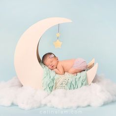 Newborn Photography | Celina Lam Photography | Vancouver-based Photography. Contact us at info@celinalam.com