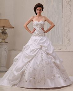 Graceful Satin Beading Ruffle Ball Gown Sweetheart Ball Gown Wedding Dress