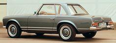 """Mercedes Benz 280 SL """"Pagoda"""" (W113)."""