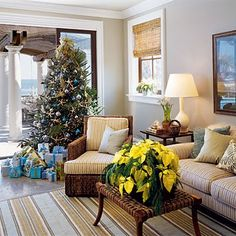 25 Beautiful Christmas Tree Decorating Inspirations | Shelterness