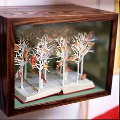 book diorama by Su Blackwell  - So cool!!