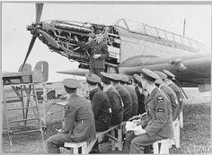 Ww2 Aircraft, Royal Air Force, Art Plastique, Battle, Fair Grounds, British, Military, Arts, Travel