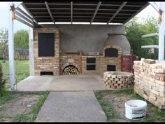 DIY building outdoor fireplace with smoker and grill & BBQ Outdoor Oven, Outdoor Cooking, Brick Grill, Wood Smokers, Barbecue Design, Bbq Area, Barbacoa, Pizza Ovens, Outdoor Areas