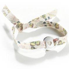 Un délicat bracelet personnalisable à offrir à une petite fille. #braceletliberty