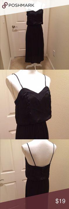 Beautiful black dress. Pre owned Beautiful black dress. Pre owned Dresses
