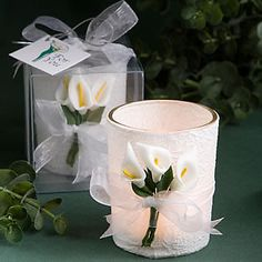 Stunning Calla Lily Design Candle Wedding Favors are treasured for their beauty and majestic simplicity. Wedding candle favors feature a clear glass holder delicately wrapped and adorend with calla lilies. Candle Wedding Favors, Candle Favors, Beach Wedding Favors, Bridal Shower Favors, Wedding Gifts, Nautical Wedding, Wedding Table, Party Favours, Wedding Ideas