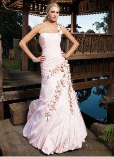 Forme Princesse Encolure asymétrique Traîne mi-longue Taffeta Robe de mariée avec Plissé