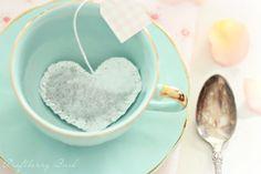 Heart-shaped tea bag tutorial and free tea tag printables. (found via @realsoakology)