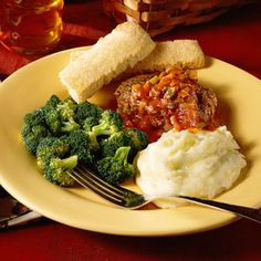 Hamburger Steak Recipe - made this for dinner last night.  So easy - so yummy... served with Mashed taters so the sauce worked well with the potatoes.  Man Friendly Meal too.