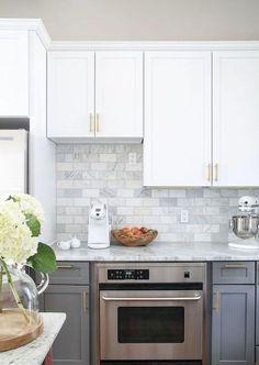36 Incredible Farmhouse Gray Kitchen Cabinet Design Ideas