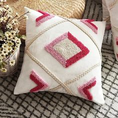 Bedroom Cushions, Pink Cushions, Linen Pillows, Pink Cushion Covers, Pillow Covers, Bed In Living Room, Bed Room, Tufted Sofa, Punch Needle