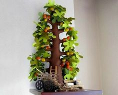 DIY Creative Handmade Felt Trees from Template Felt Diy, Handmade Felt, Felt Crafts, Diy Crafts, Meery Christmas, Fall Mesh Wreaths, Felt Tree, Felt Patterns, Plantation