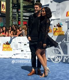 blowin' in the wind with babe ♥ #MTVMovieAwards || http://instagram.com/zurihall       Follow my blog : http://whiteboysdatingblackgirls.tumblr.com/