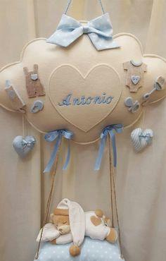 Baby Shawer, Felt Baby, Baby Art, Teddy Bear Baby Shower, Baby Boy Shower, Baby Sewing Projects, Sewing Crafts, Felt Ornaments Patterns, Felt Animal Patterns