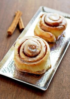 Cinnamon Buns with Maple Coffee Glaze