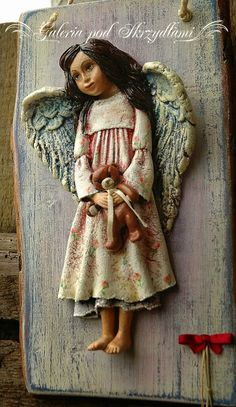 jagodowo: Anioł Łucji Paper Clay, Clay Art, Salt Dough Christmas Ornaments, Clay Angel, Clay People, Ceramic Angels, How To Make Clay, Angels Among Us, Stone Sculpture