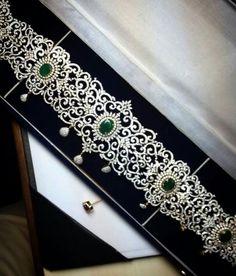 Gold Jewelry Simple, Indian Wedding Jewelry, Bridal Jewelry, Real Diamond Necklace, Diamond Jewelry, Waist Jewelry, Diamond Wedding Sets, Gold Jewellery Design, Jewelry Patterns