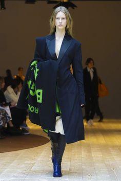 Céline FW 2017.18 Paris - the Fashion Spot