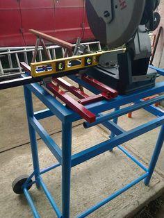 Mesa móvil para corte con tronzadora